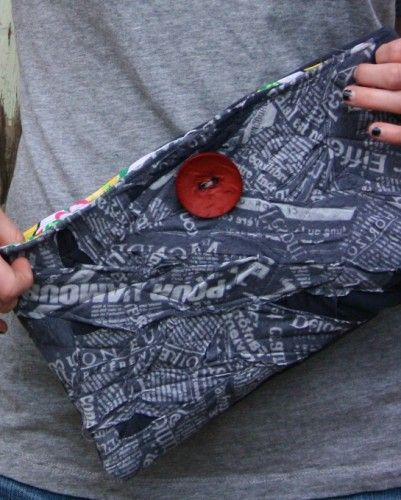 T-Shirt clutch