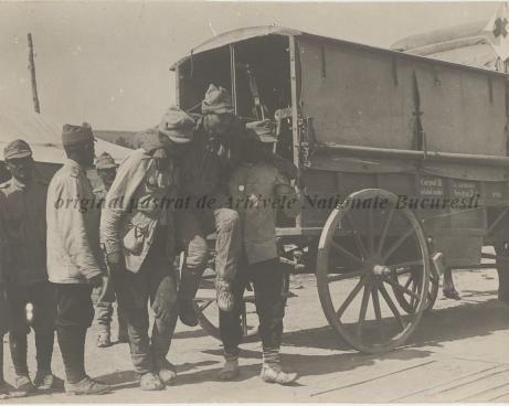 BU-F-01073-1-08743 Evacuarea răniţilor. Muşuroaiele, 1917.07.30 (niv.Document)