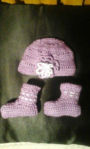 Hat & Booties
