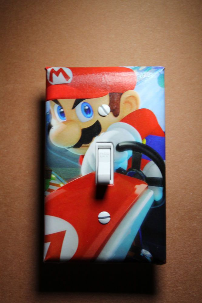 mario kart 8 video game light switch cover plate gamer room decor nintendo wii u melo 39 s comic. Black Bedroom Furniture Sets. Home Design Ideas