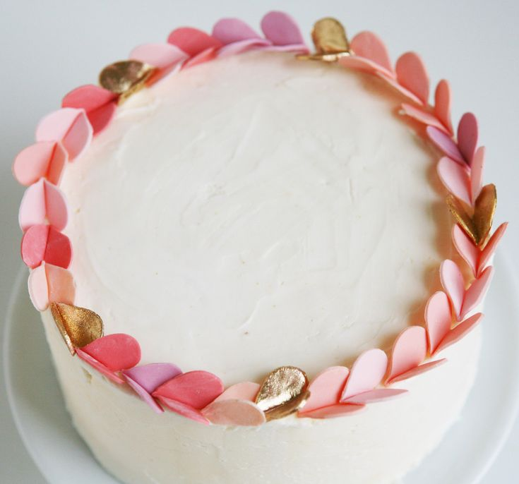 Blush pink and gold pink heart cake