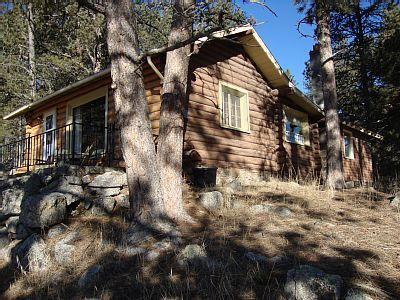 VRBO.com #760445   Original Log Cabin At Entrance To Custer State Park  Overlooking
