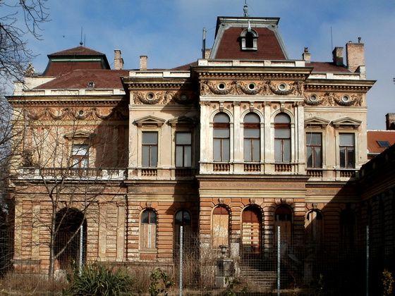 tacsifoto Russ villa (Sopron) című albuma az Indafotón