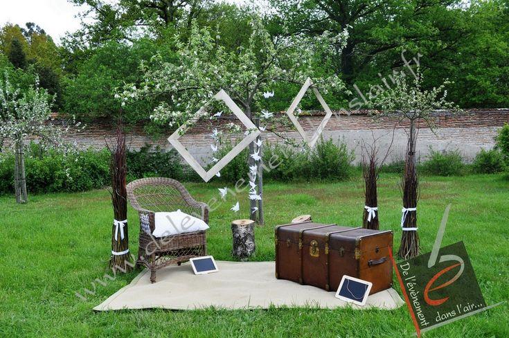 un #Photobooth pour votre décoration nature ? #mariage www.delevenementdanslair.fr