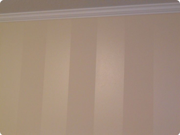 Vertical stripes - same color paint - flat & semi-gloss