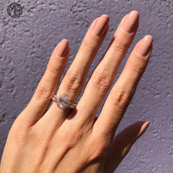 1,20 ct ovaler H-VS2-Verlobungsring – Nails