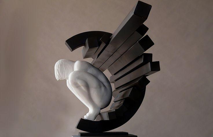 Escultura de Rogério Timóteo | Viajante do Tempo