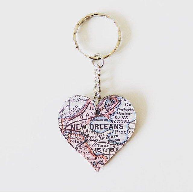 New Heart Map Keyrings now available on my Etsy shop ❤️ @etsyuk #map #paper #paperart #design #heart #travel #newhome #homedecor #gift #present #handmade #wedding #anniversary #engagement #love #heart #keyring #bespoke #home #inspiration #key #keychain