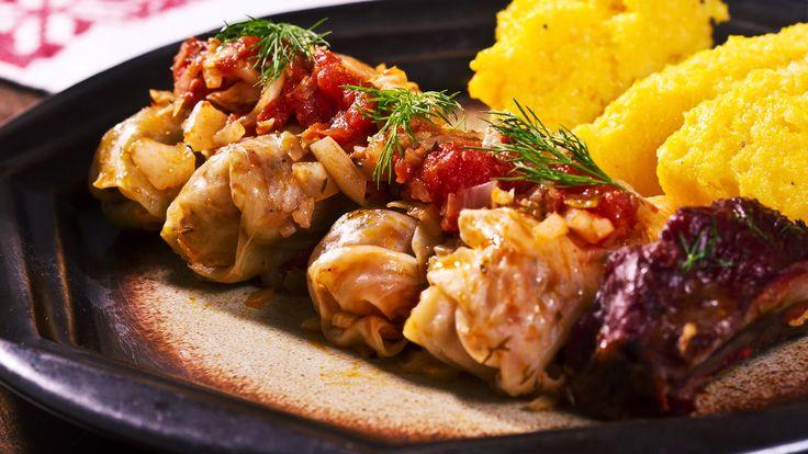 Sarmale - Romanian Cabbage Rolls Recipe