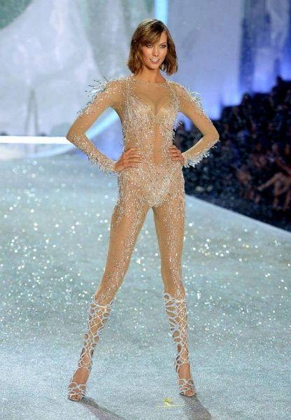 Karlie Kloss @ Victoria's Secret Fashion Show 2013