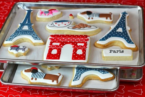 Parisian Cookies. So cute!Eiffel Towers, French Cookies, Paris Cookies, Decor Cookies, Paris Theme, Dry Cookies, Paris Sugar Cookies, Royal Ice Cookies, Cookies Decorated