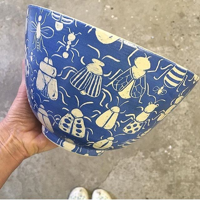 Decorating a handthrown plate with underglaze and …