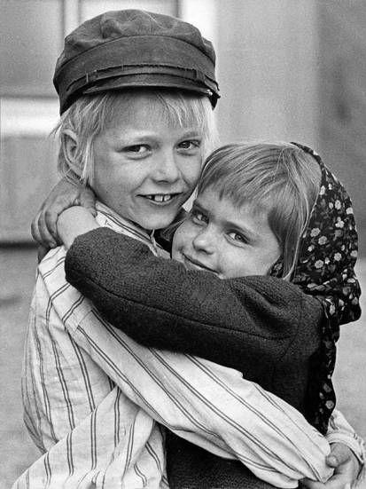 Jan Ohlsson (Michel Svensson) & Lena Wisborg: (Ida Svensson) - Astrid Lindgrens värld