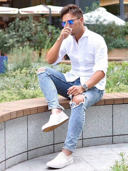 コットン&リネン白シャツ 綿麻シャツは 肌触りが良く着心地も最高🤤 シンプルコーデが好き👍🏽