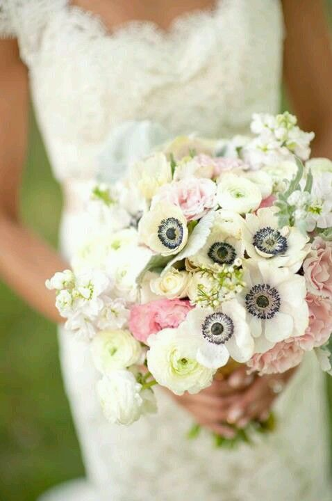 17 best images about bouquets on pinterest brooch bouquets wedding bouquets and blush. Black Bedroom Furniture Sets. Home Design Ideas