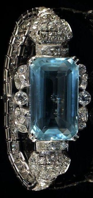 Pulsera Art Deco de diamantes y  aguamarina