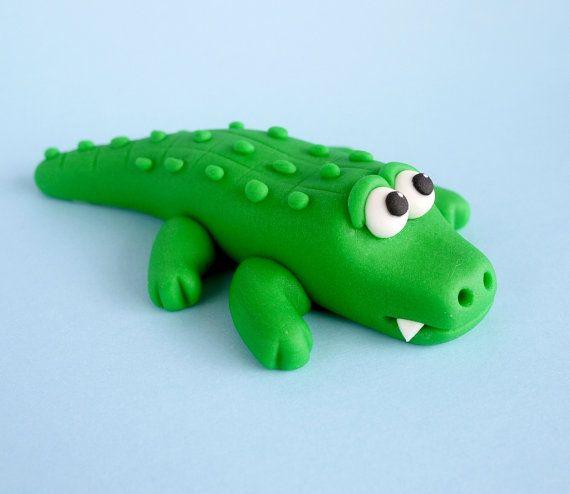Fondant Alligator Cake Topper Fondant por SugarDecorByLetty