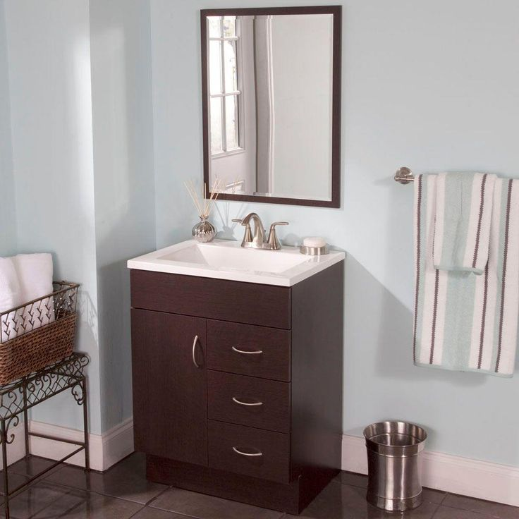 Woodcrafters Vanguard 24 In Vanity In Ebony With Cultured