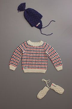 mor mor nu dan sweater, 100% alpaca wool, handmade by grandmothers in denmark, available now at florahenri.com