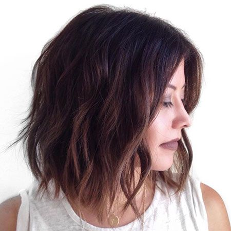 Short Wavy Dark Bob Hair
