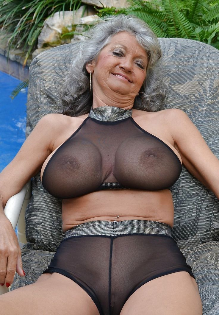 More grannies w tight bods roxy