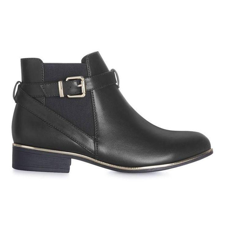 Botines negros con hebilla Categoría:#botas #primark_mujer #zapatos_mujer en #PRIMARK #PRIMANIA #primarkespaña Más detalles en: http://ift.tt/2pHZdtD
