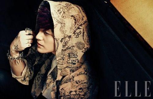 Kim Beom (Korean actor) wearing Taujan on Elle Korea Magazine #KimBeom #김범
