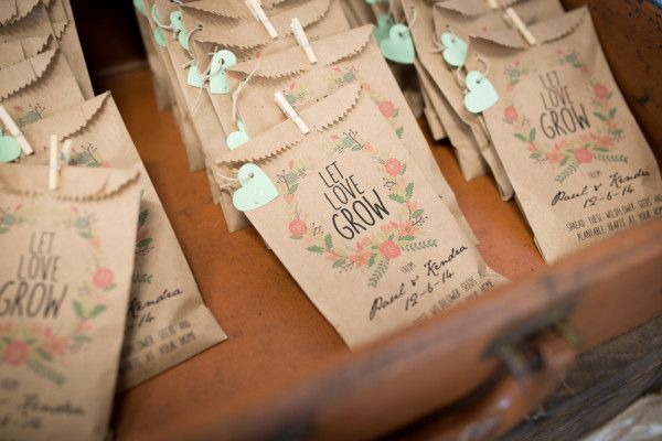 Cute seed packet wedding favours | Let our love grow
