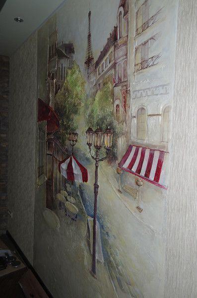 Барельеф на стене Кафе (вид сбоку)