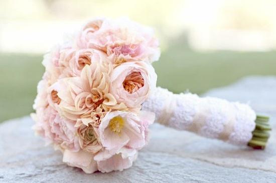 Shirley Temple pioenrozen als bruidsboeket.