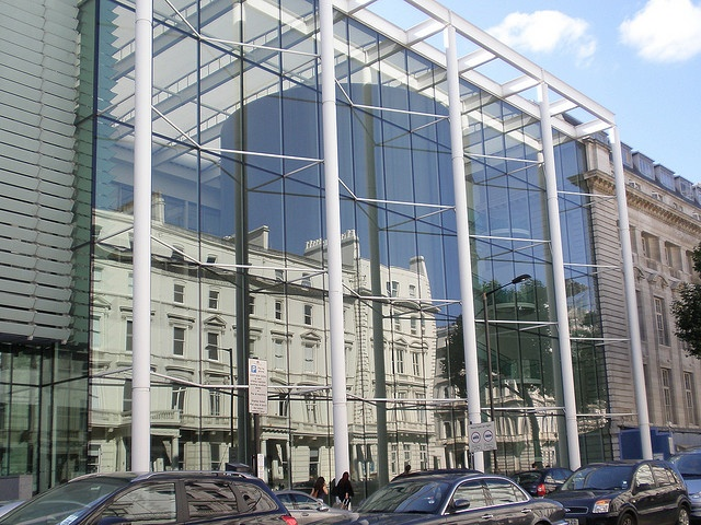 Imperial College London In Exhibition Road A Starkly Modern Business School Reflecting The Much Older