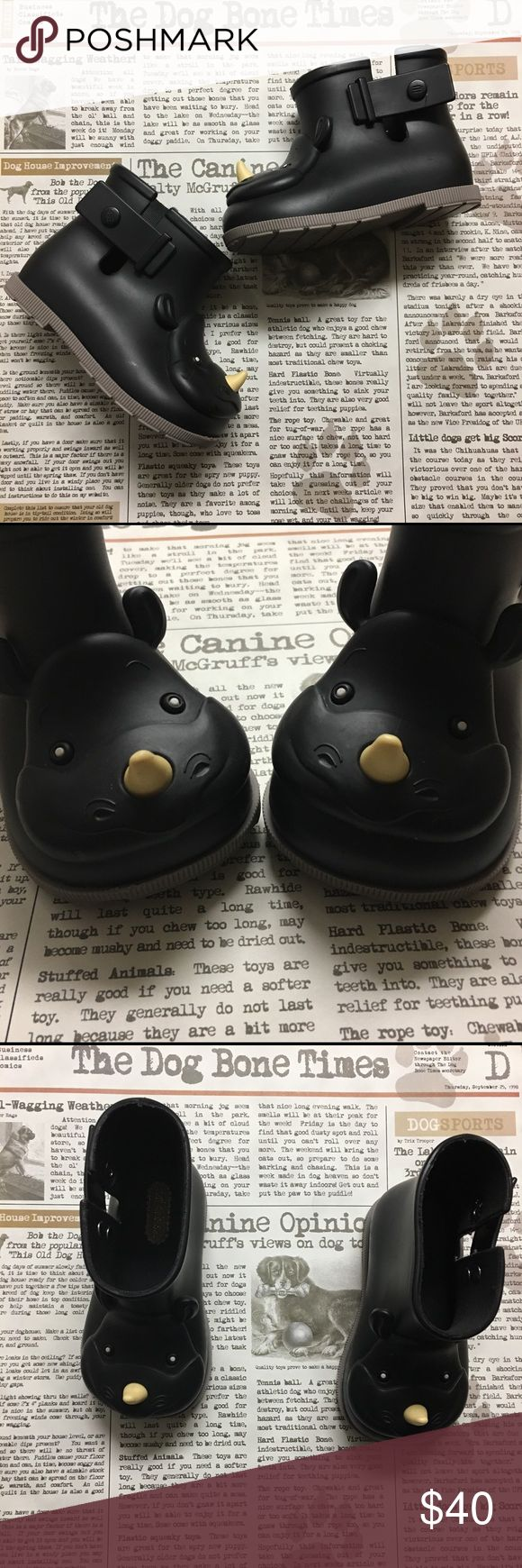 💕Mini Melissa Rhinoceros Rain Boots💕 These shoes are so adorable and I was so sad when my little one grew out of them. Excellent used condition. Shoes Boots