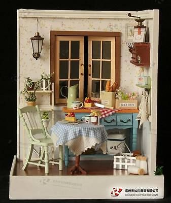 DIY Wooden Dollhouse Miniature Kits Lodge town Series Delicious Breakfast NEW