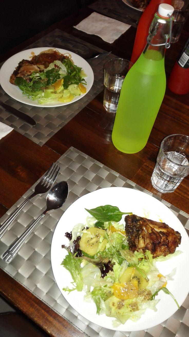 Marinated chicken with fresh salad
