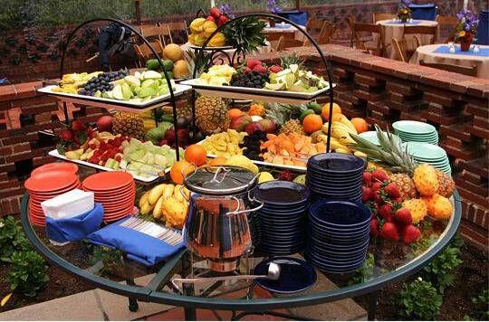 A great way to set up a backyard buffet for an informal wedding