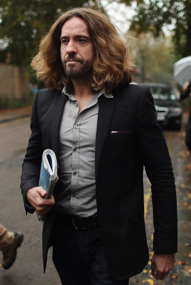 Justin Lee Collins axed from radio show after 'sexist rants' about 'p***y' - http://thisissnews.com/justin-lee-collins-axed-from-radio-show-after-sexist-rants-about-py/