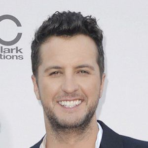 """Luke Bryan Biography - Affair, Married, Wife, Ethnicity, Nationality, Salary, Net Worth, Height   Who is Luke Bryan? Luke Bryan is an American singer and songwriter. He is widely famous for his hit singles """"Rain is a Good Thing,"""""""