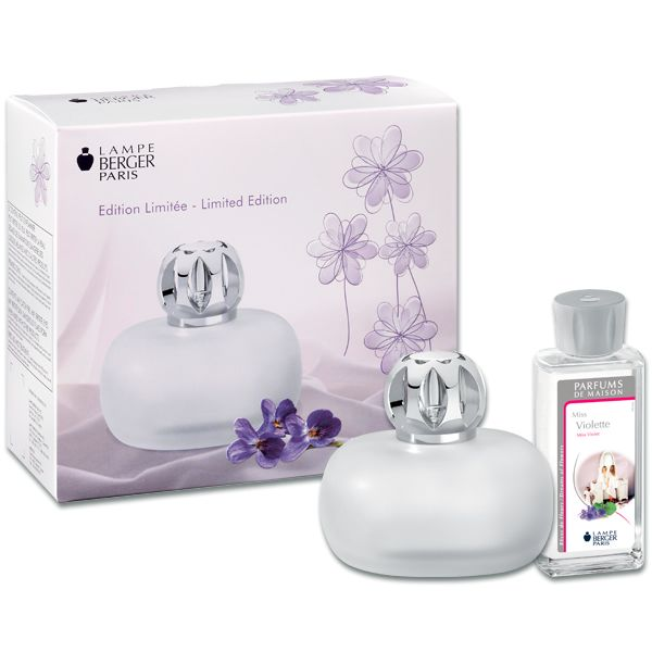 Marvelous Looking for the perfect hostess gift Lampe Berger us Sweet boxed gift set is the perfect