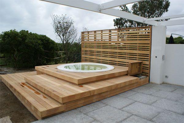 jacuzzi decks garapa left natural jardin pinterest photos terrasses et moderne. Black Bedroom Furniture Sets. Home Design Ideas