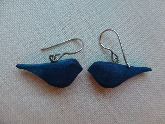 Vintage Aarikka Finland earrings / Wooden blue bird beads