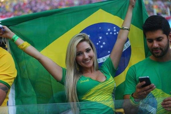 サッカー・ワールドカップ(W杯)ブラジル大会の開幕戦ブラジル-クロアチアを観戦する女性サポーター(サンパウロ)(2014年06月12日) 【EPA=時事】 ▼12Jun2014時事通信|ワールドカップ美女サポーター 写真特集 http://www.jiji.com/jc/wcup2014?d=d4_ftbnnp=wbs214-jpp017344264s=photolist #Brazil2014 #Brazil_Croatia_group_A