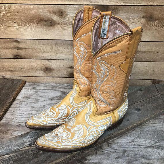 ecc164c6cfd Elaborate Vintage Piteado Embroidered Fancy Marigold Leather Cowboy ...