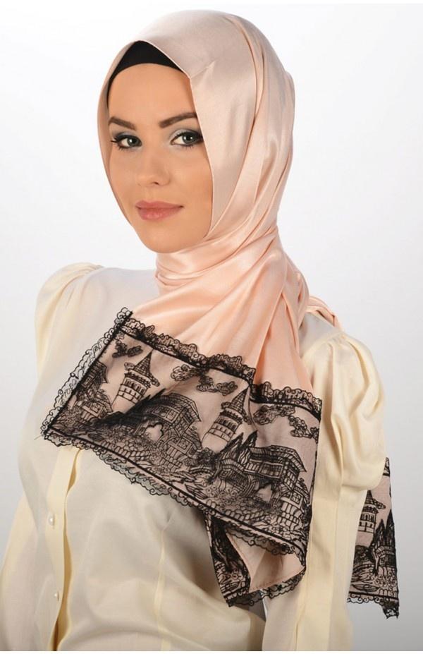 Karaca Butik, www.karacabutik.com, dantelli şal, dantelli eşarp, tafta şal, ipek şal, neva, hijab, pudra, lace scarf, tesettür