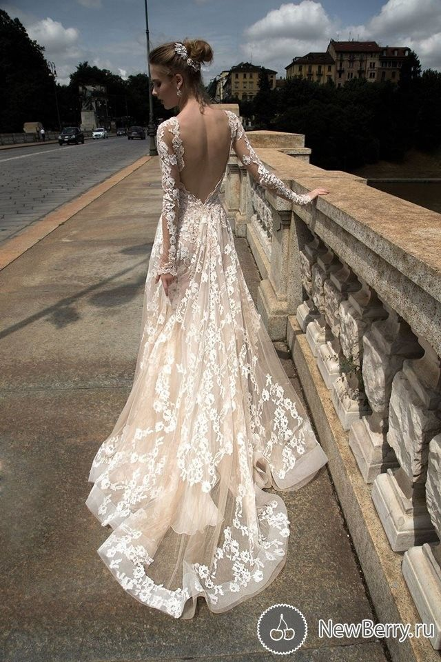 Alessandra Rinaudo 2016 lace wedding dress