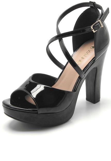 bd5e15f46 Sandália VIA UNO Verniz Preta | Sapatos | Preto, Verniz, Sandalia