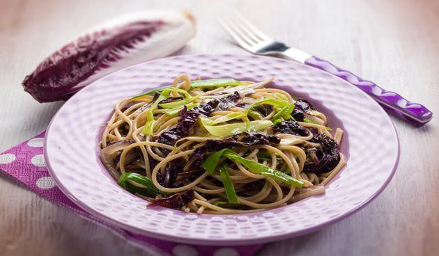 Nieuwsbrief Boerschappen Duo Box | Week 27 - 30 Maart  spaghettipreiwitlof, simpel gerecht, leuk om te proberen.