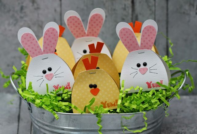 Hi everyone, this is Gwen from This and That by Gwen with a quick Easter treat for you. If you need to make a bunch of super quick Easter treats, this is the one for you. These hold one nugget piece