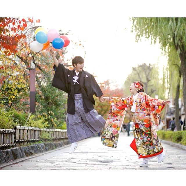 風船の小道具を持参して下さったので、可愛くパチリ♪♪ #Kyoto#京都#Japan#和装#着物#kimono#色打掛#wedding#ウェディング#prewedding#preweddingphoto#ブライダル#結婚準備#結婚式準備#花嫁準備#プレ花嫁 #weddingphoto#weddingphotography#ウェディングフォト#weddingphotographer#ブライダルフォト#ブライダルフォトグラファー#instawedding#前撮り#和装前撮り#ロケーションフォト#ロケーション撮影#撮影#スタジオゼロ