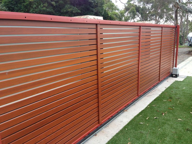 Auto Sliding Gate With Rosewood Slats New Gate Designs