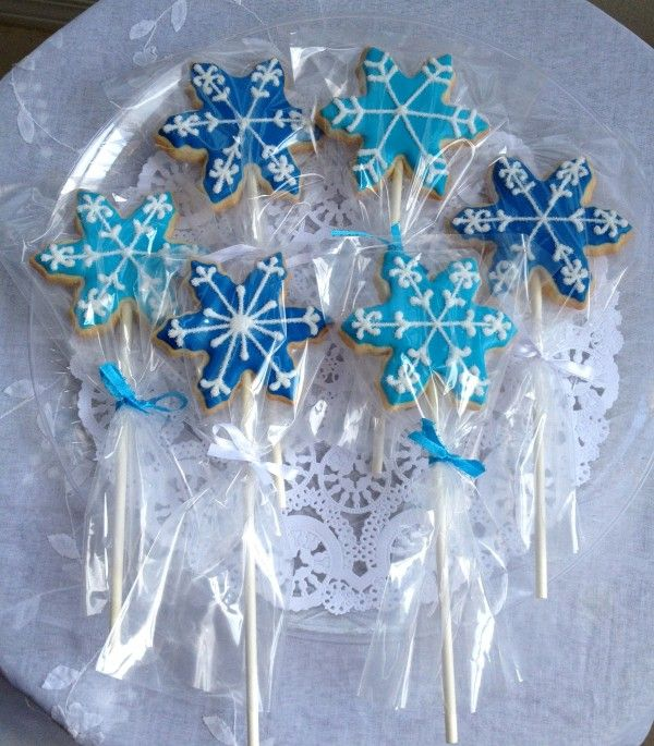 Snow flake cookies for a frozen Theme party!